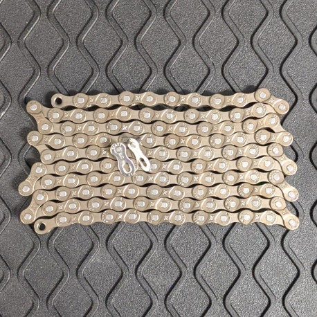 KMC Z51 8 Speed Narrow Chain 116 links inc Missing/Joining Link